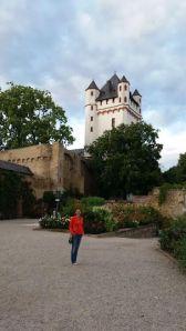 Me Under a Castle